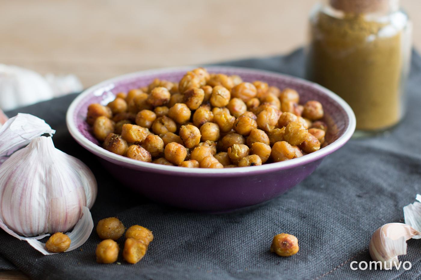 Geröstete Curry Kichererbsen | gesunde Snacks | comuvo