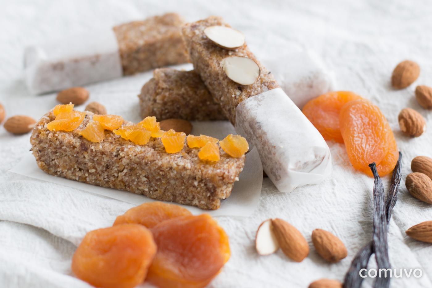 vegane Früchteriegel mit Aprikose und Vanille | comuvo Blog